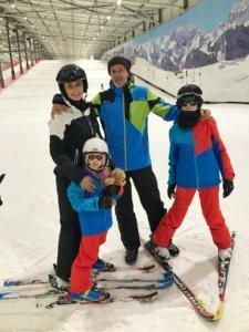 Ski fahren in der Halle