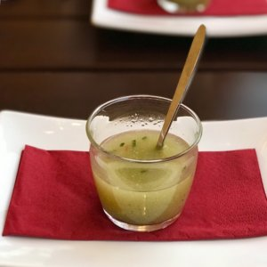 Cucumber soup at the Ausspanne